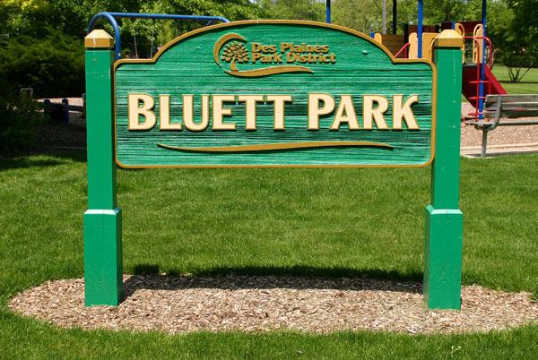 Bluett Park sign