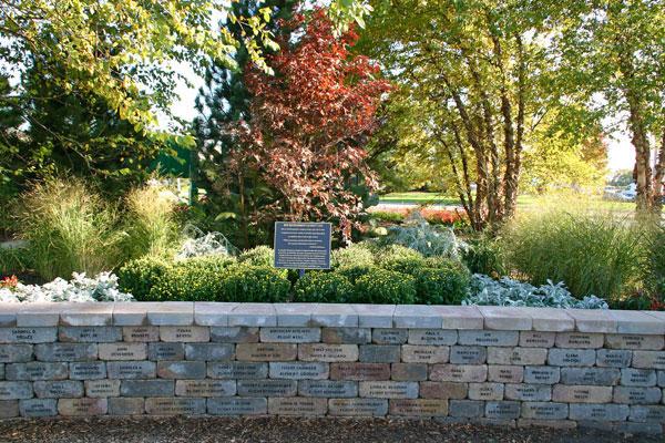 Flight 191 Memorial Wall and Garden
