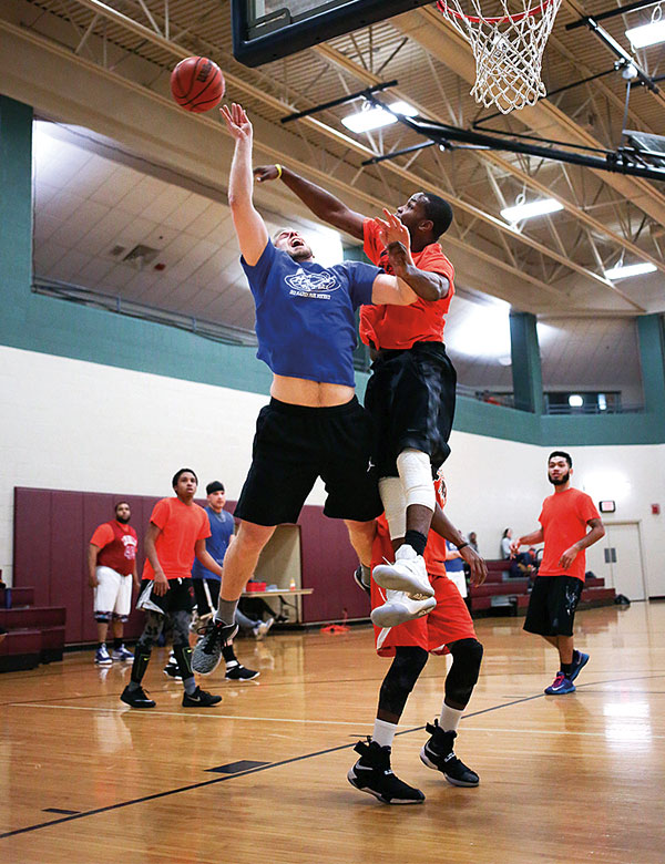Men's Basketball leagues at the Des Plaines Park District