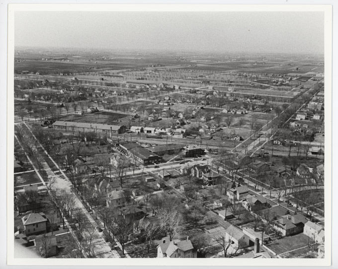 Image showing the area around Graceland Ave and Thacker St looking southwestward. What eventually be Prairie Lakes is in the distance.
