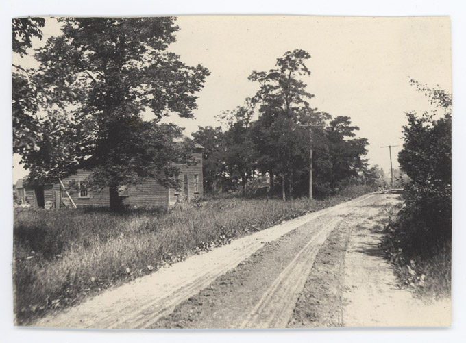 River Road in the 1880s, showing the Kranz family house.